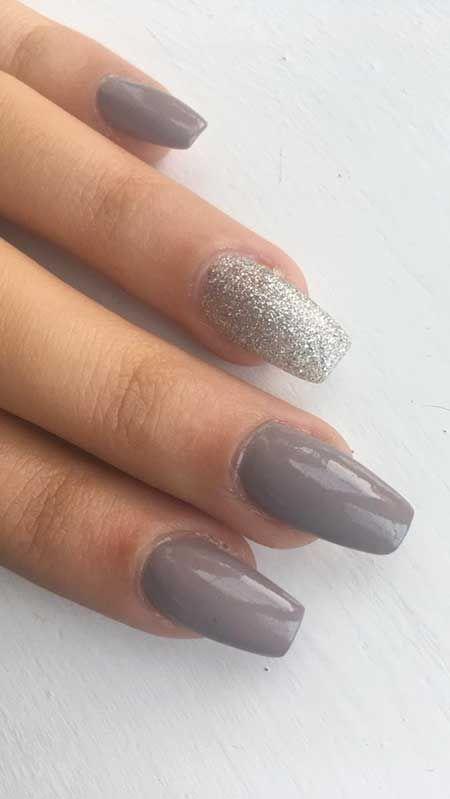 31-Acrylic Nails Winter Acrylic