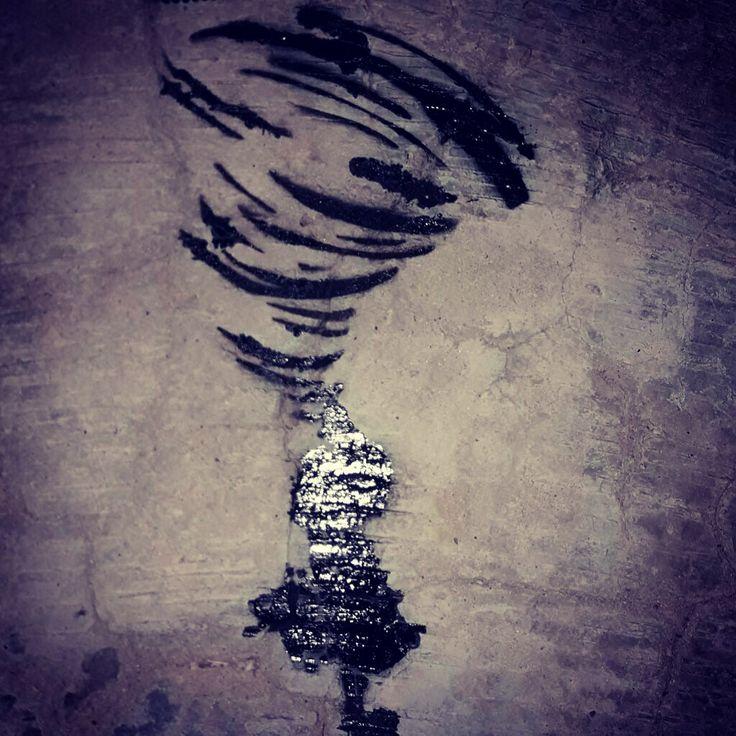 #art #artwork #streetart #streetartist #urbanart #urbanartist #blankwalls #artisnotacrime   Artist:Burcu Başol