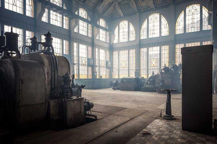 Łódzkie fabryki i elektrociepłownie mogą być magiczne! Fotograf wydobywa ich niepowtarzalne piękno