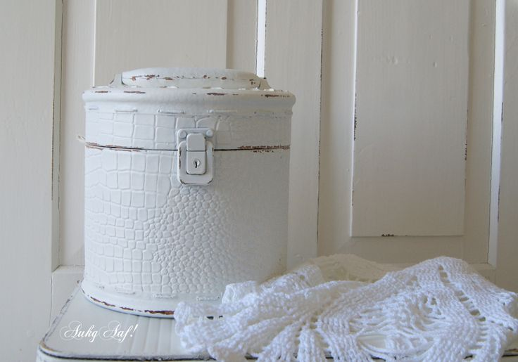 Rond koffertje met print / Round suitcase with print - AukgAaf!