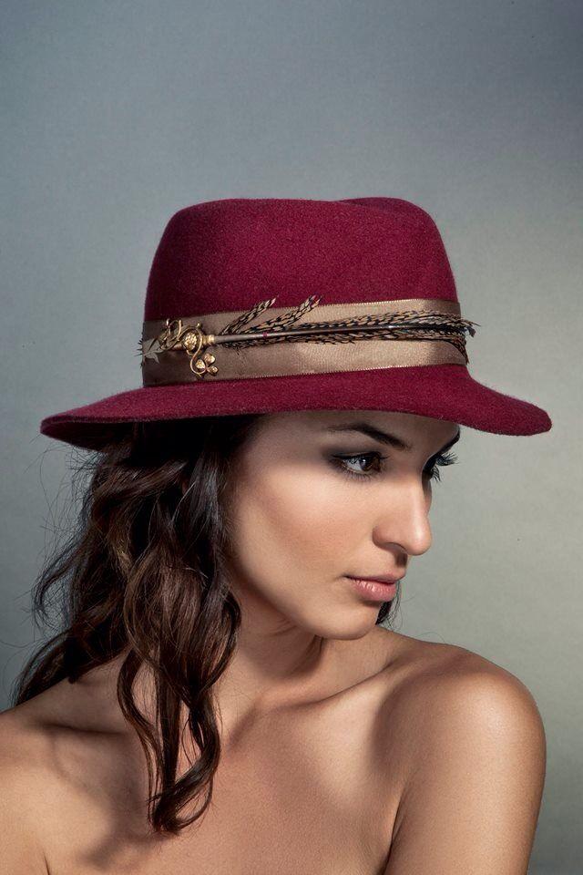 Cerise hat , risso1561 otoño invierno 2014 millinery