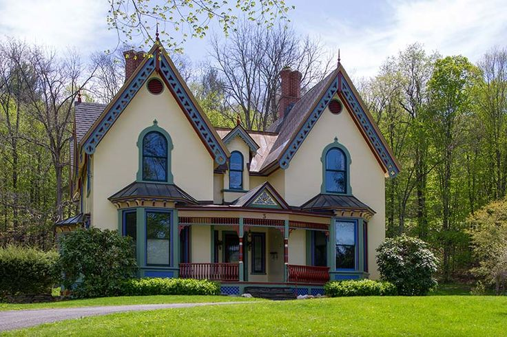 1000 images about u s gothic revival houses and for Gothic revival house