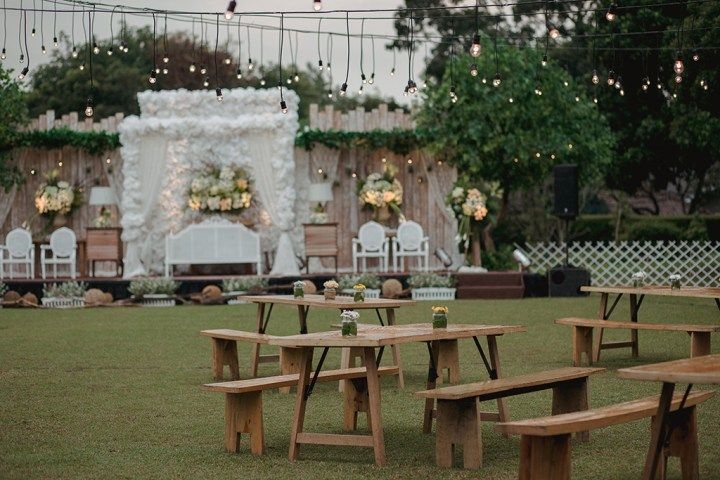 the bride dept pernikahan outdoor rustic adat sunda bumi sangkuriang owlsome project organdi decor