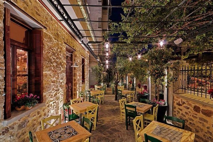 Αθήνα: Οι καλύτερες ταράτσες για μεζεδάκια