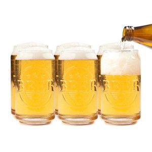 A cada bebida su vaso; si el vino lo bebes en copas con este simpático regalo podrás beberte tus cervezas en un vaso preparado para ellas con su original forma de lata de cerveza. Un pack de 6 vasos para que a nadie le falte al terminar la jornada su latita de cerveza bien fresquita.