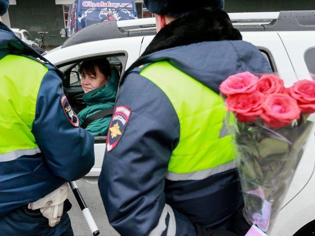 8 марта: программа торжеств и права женщин / Рулента