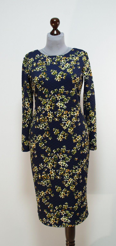 Темно-синее платье-карандаш с желтыми цветочками | Платье-терапия от Юлии