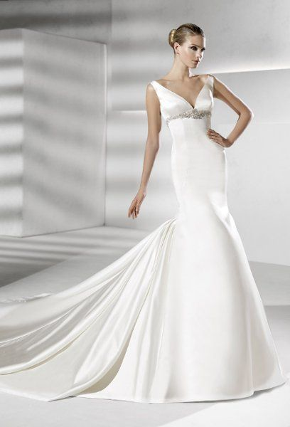 La Sposa Wedding Dresses Photos on WeddingWire