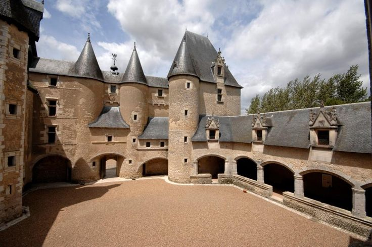 Château de Fougères-sur-Bièvre, Loir-et-Cher, France