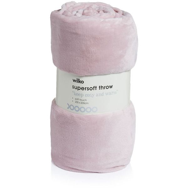 Wilko Supersoft Throw Soft Pink 200 x 200cm (250 MXN) ❤ liked on Polyvore featuring home, bed & bath, bedding, blankets, pastel pink throw blanket, blush pink bedding, pale pink bedding, pale pink throw blanket and pastel pink bedding