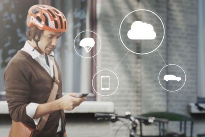 Considerando que cerca de 50% das mortes de ciclistas na Europa acontecem em colisões com carros, a Volvo lançou um app cujo objetivo é previnir acidentes com eles. Leia mais e veja o vídeo de divulgação na INFO, por Gabriel Garcia.