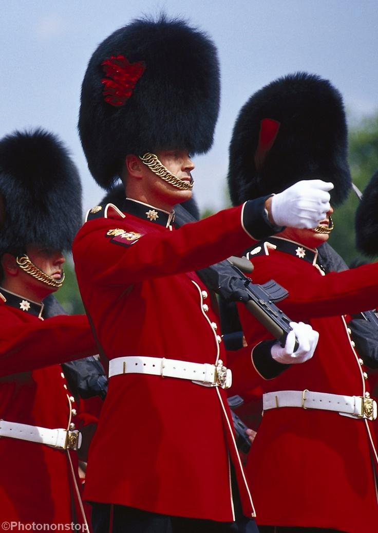Londres gratuit : La relève de la garde au palais de Buckingham (Changing of the Guard, Buckingham Palace, London, U.K.)