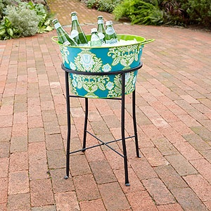 could also do this with a large flower pot on a stand