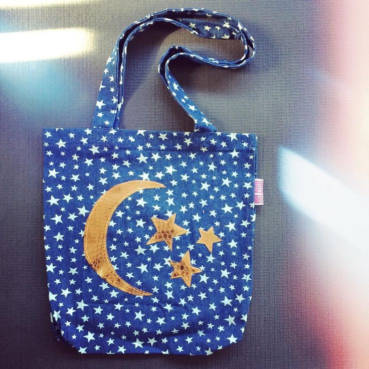 Check out our new Starry Night tote $35 ✨ Handmade moon and star appliqués in rose gold Vegan croc skin pattern on heavy weight durable cotton drill these baby's won't last long. DM or email sales@velvetpins.com.au  I take commissions too so if you have something in mind for someone special this Valentine's Day, message me and I'll work my magic for you  #starrystarrynight #magic #austalianfashion #independenddesigner #independentartist #veganclothes #veganfashion #velvetpins