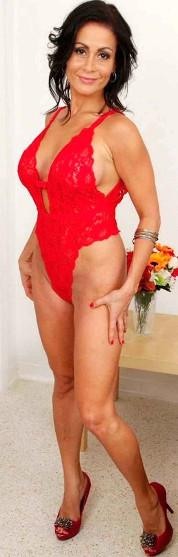 Latina Mature Women 82