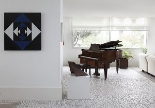 Arte Concreta ao som de piano