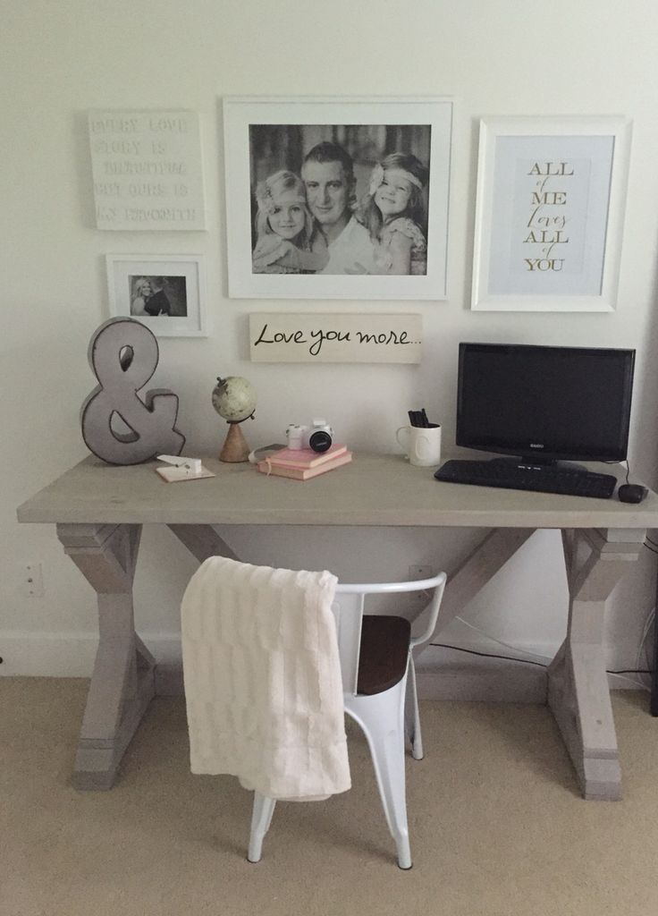 Home office space DIY Farmhouse desk Gray washed stain