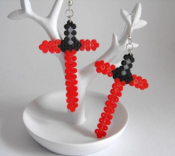 Inspired Star Wars VII Kylo Ren lightsaber earrings hama mini beads by Crapules
