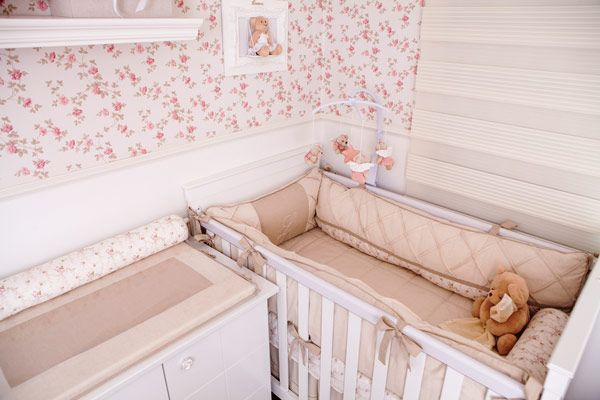 quarto-menina-rosa-floral-alexandra-abujamra-2