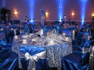 royal-blue-and-silver-wedding-decorations-300x225.jpg (300×225)