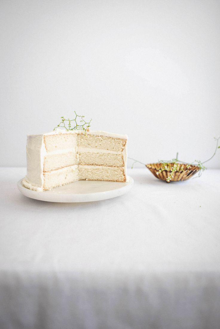White Chocolate and Cinnamon Mascarpone Cake