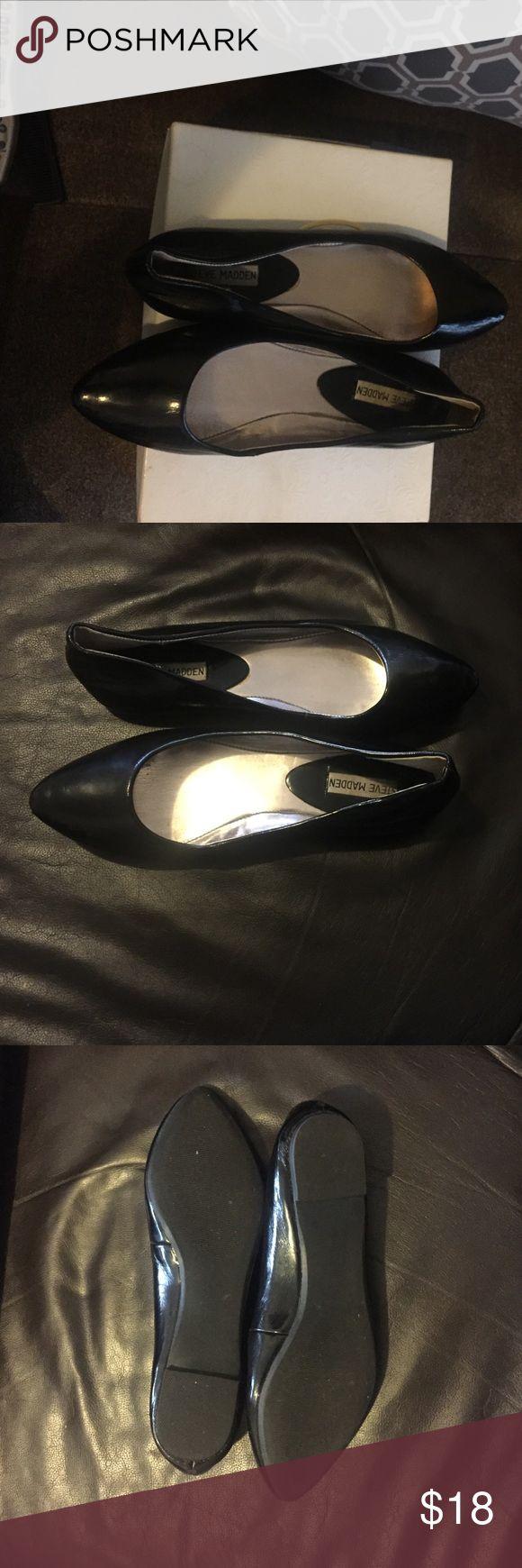 Steve Madden . Steve Madden Shoes Flats & Loafers