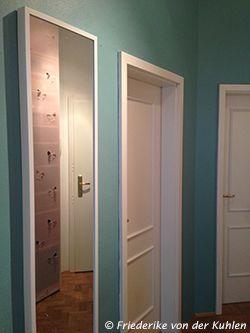 Ein sattes Türkis mit einem tollen perlmuttartigen Effekt - so toll sieht die Farbe Frozen von Schöner Wohnen aus. Ein echter Hingucker an der Wand.