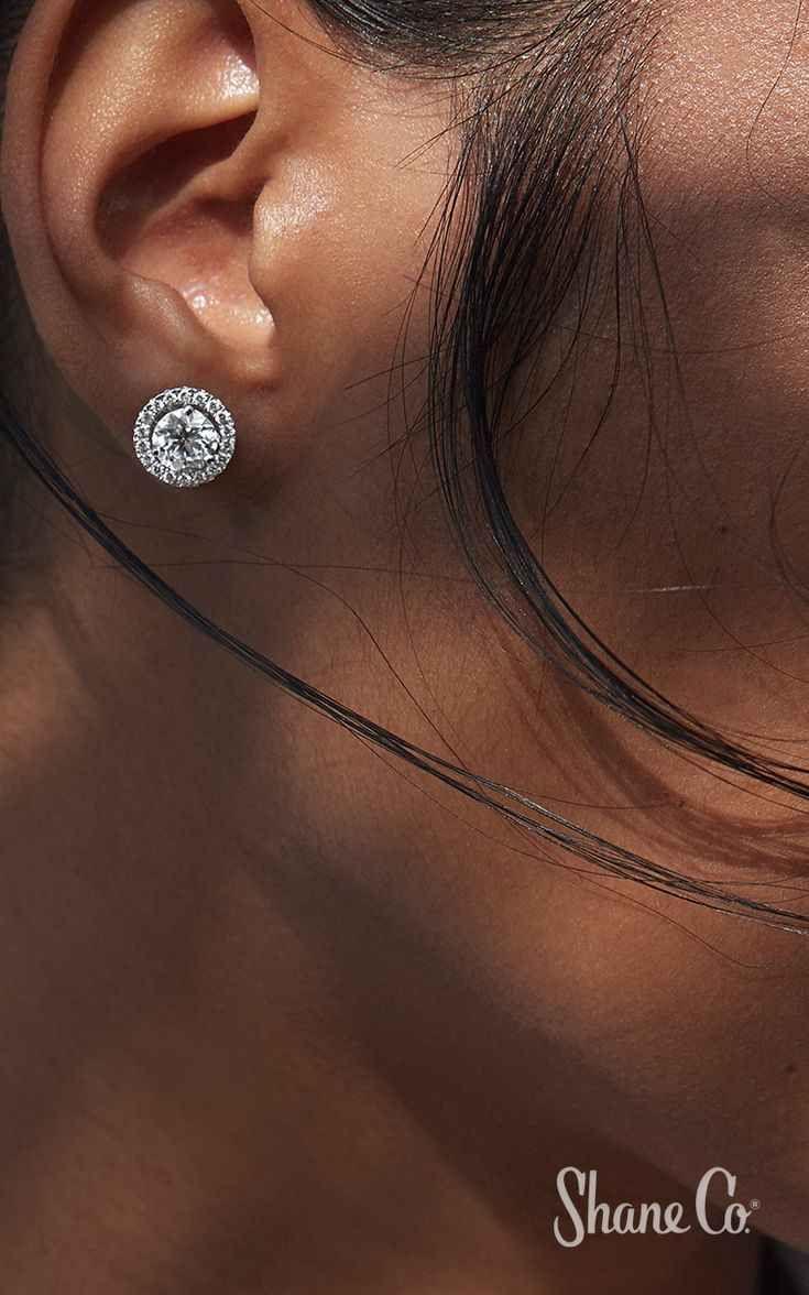 Shane Company Womens 14kt Gold Diamond Earrings
