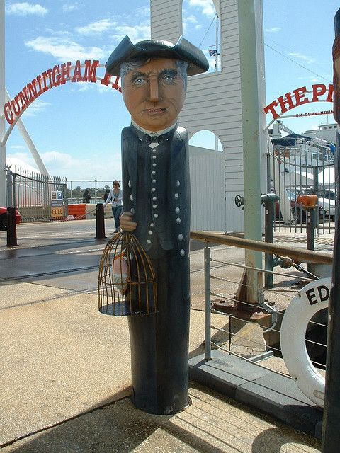 An icon of Geelong, 100 bollards line the waterfront from Rippleside to Limeburners Point. Jan Mitchell sculptured the bollards out of huge old wooden pylons and hand-painted them to depict people and events of Geelong
