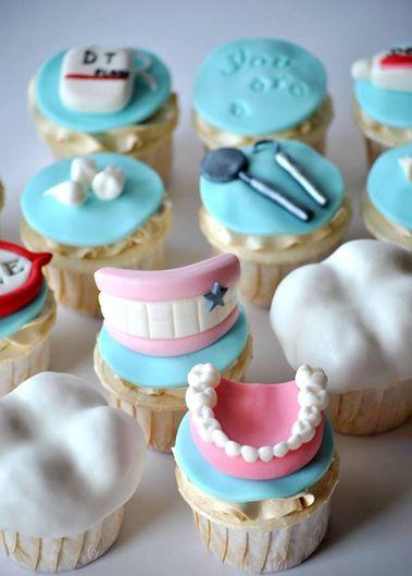 Para un snack con los colegas. ¡Nos encantan! #cupcakes #ortodoncia
