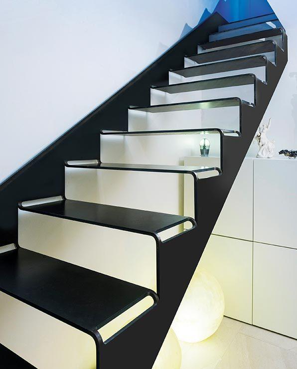 """Stahl-Innovationspreis 2015 für """"cut it!"""", einer aus einer Blechtafel geschnittenen Treppe"""