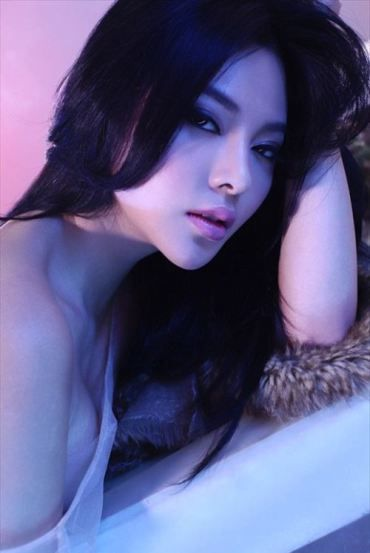 wamego asian girl personals Sexy asian women and asian girls at asian dating service online dating site thai brides young thai girls and asian brides.