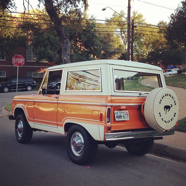 Classic Ford Bronco in sweet retro orange #wheels #fbloggers