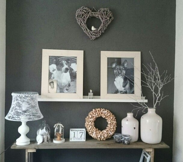 Pallet wood console table, updated lamp with lace lampshade, wreath