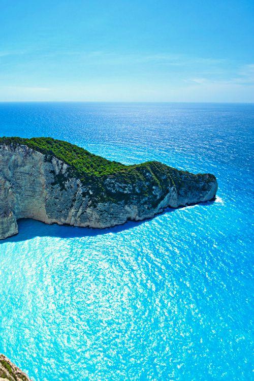 Set sail in Greece!