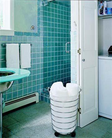 Small Bathroom 3: Hidden Laundry Area