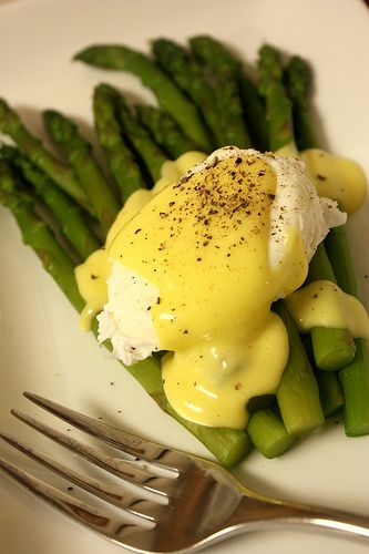 Asparagus and Poached Egg with Hollandaise Sauce: Hollandaise Sauce, Food Porn, Worthy Foods, Asparagus, Drink Recipes, Poached Eggs, Hub Foods