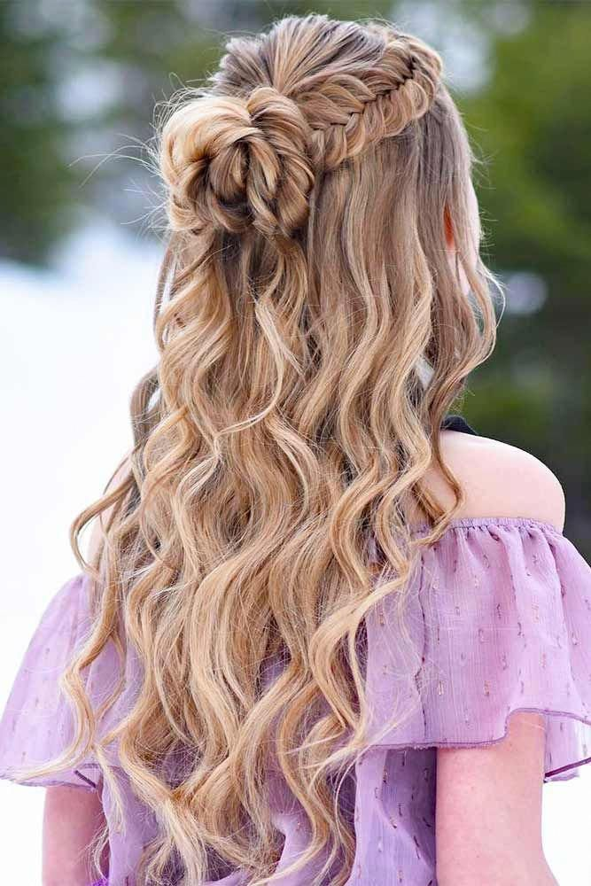 27 Dreamy Prom Hairstyles For A Night Out Lovehairstyles Com Hair Styles Down Curly Hairstyles Braided Hairstyles For Wedding
