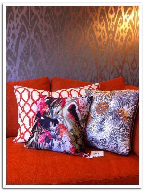 Jean paul gaultier by leli vre cushions and jim thompson for Eveline interieur