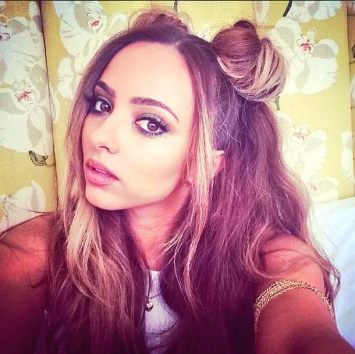 @LittleMix: Thanks @Dermaspa_UK for pampering me before #BlackMagic begins! What would I do without @EyebrowQueen thank you!