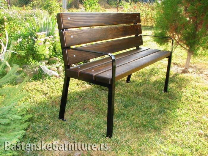 Metal And Wood Park Bench Klupe Za Parkove Park Benches Street Furniture Pinterest