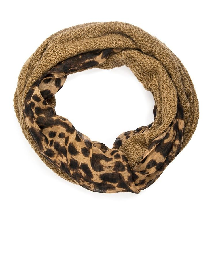'Animal' Knit Snood