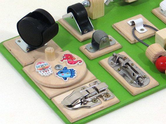 OCUPADOS actividad sensorial tablero educativo de los niños de madera juguetes niño Montessori juguete cierre Motor fino Natural regalo de cumpleaños niños Pizarras interactivas ocupados son divertidos y educativos – el pasatiempo perfecto para niños de todas las edades! Exploración