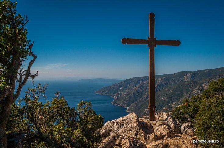 http://www.pemptousia.ro/photo/sfantul-munte-frumusetea-este-in-firea-lucrurilor/