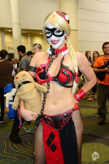 star_wars_45 slave Leia Harley Quinn oh so want to do this