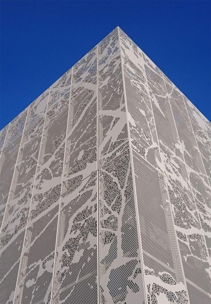 best 25 retail facade ideas on pinterest shop facade. Black Bedroom Furniture Sets. Home Design Ideas
