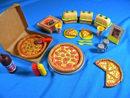 Old pizza hut Barbie play set ) I own this and took this photo.  sc 1 st  Pinterest & 49 best PIZZA HUT images on Pinterest | Pizza hut Pizzas and ... Aboutintivar.Com