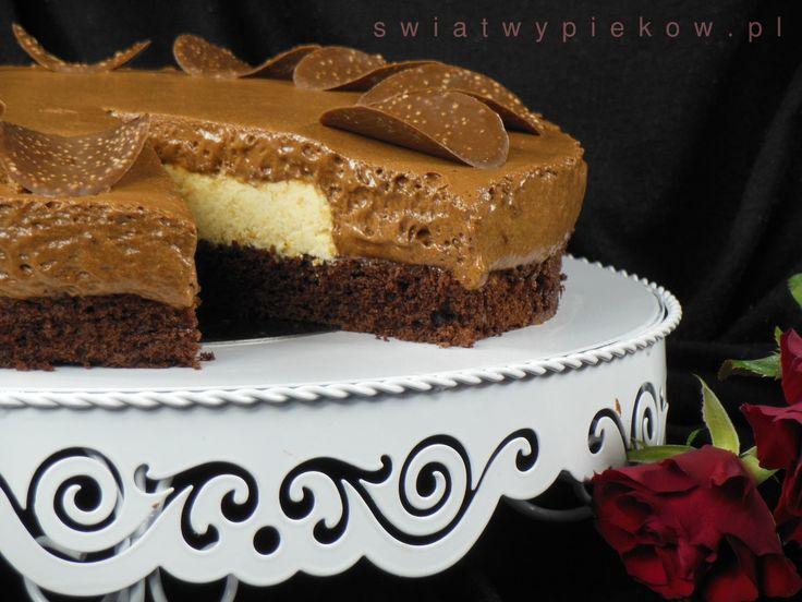 Czekoladowa Pokusa w wykonaniu Pani Ani :) Koniecznie zobacz przepis. A patera dostępna jest w naszym sklepie: http://mykitchen.pl/Patera-metalowa-cake-couture-Birkmann-duza #mykitchenpl #kuchnia #gotowanie #wypieki #ciasta #patera #ciasto #homedecor