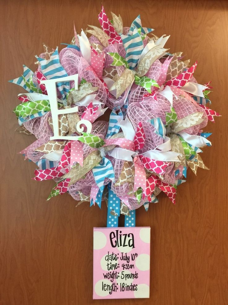 Bienvenue Designs | Baby Girl Hospital Wreath with stats