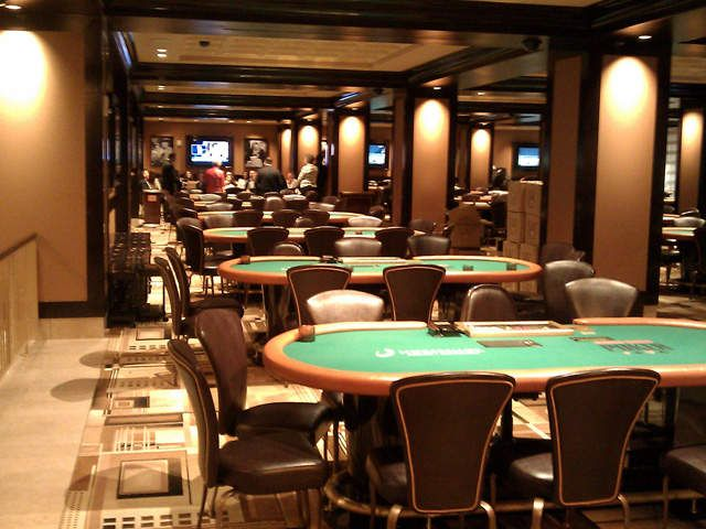 Horseshoe casino iowa poker room seaview hotel & casino